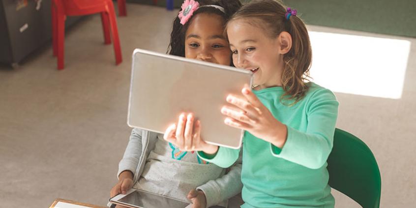 USO DE TELAS E INTERNET POR CRIANÇAS E ADOLESCENTES | Amare Pediatria